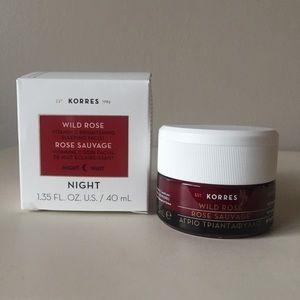 Korres   Wild Rose Brightening Sleeping Facial